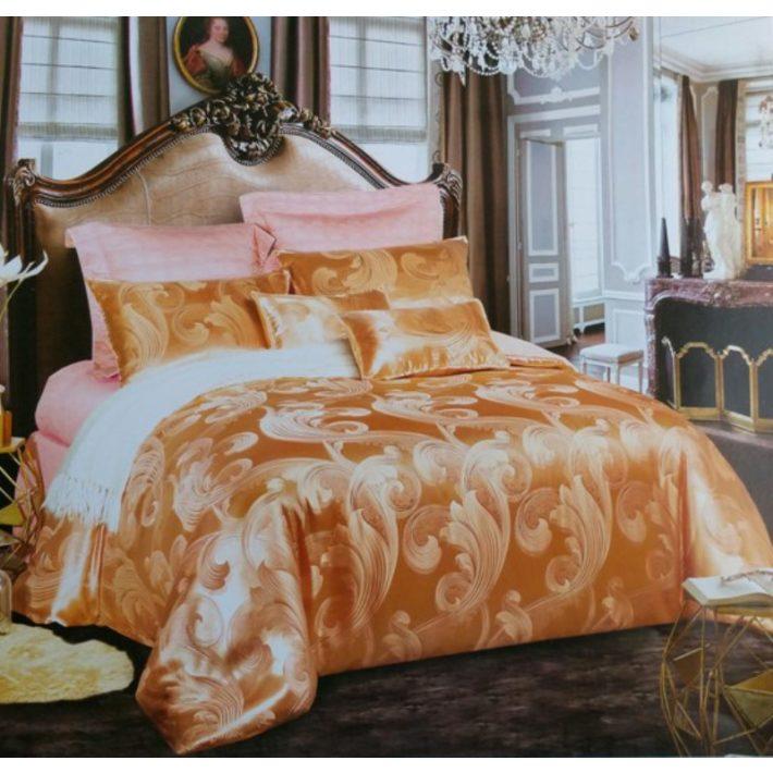 Arany szatén ágynemű 7 részes Valentin napra
